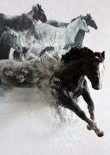 Άλογα. Πίνακας με γλυπτό